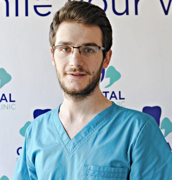 Dr. Cristian Dumitrescu