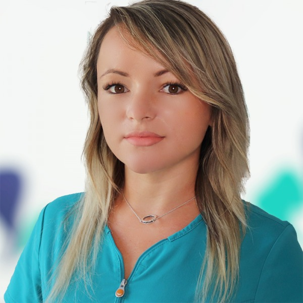 Dr. Bianca Tupiluși