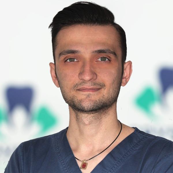 Dr. Velciov Bogdan